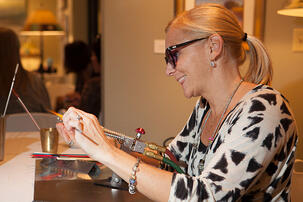 Trollbeads Gallery Glass bead demonstration