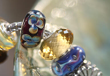 Trollbeads Golden Quartz bead.