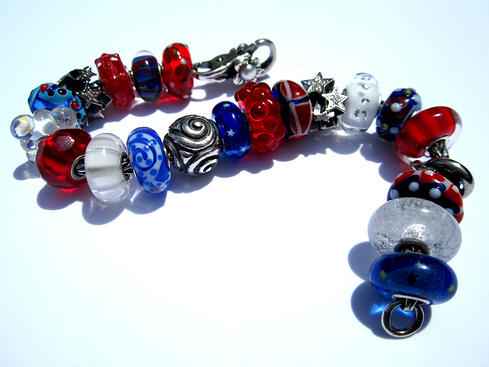 Trollbeads Gallery July 4th beads