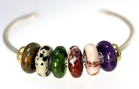 Summer stones bangle